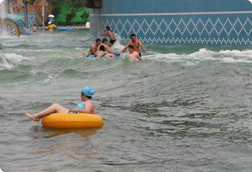 岐山湖水上乐园介绍 河北 岐山湖 旅游度假景区高清图片